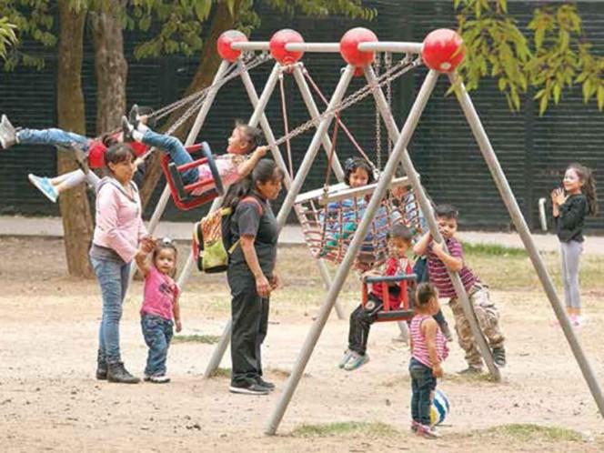 La SEP vigilará que traten a niños con cariño; visitará los hogares