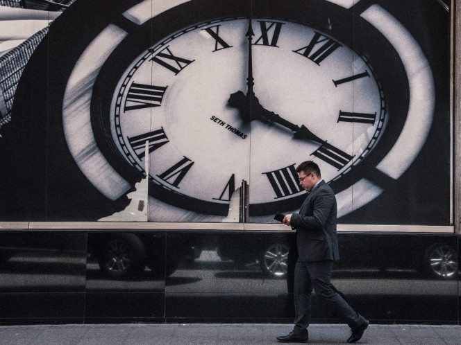 In this case, the clock is advanced, so at 2:00 in the morning it will pass at 3:00 hrs. Photo: Cuartoscuro.