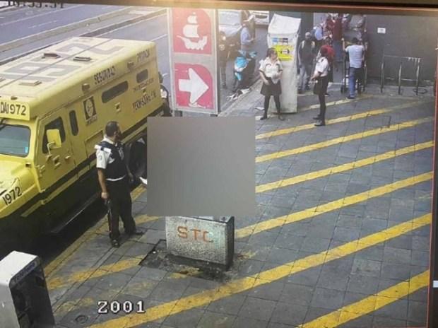 El incidente se registró minutos antes de las 17:00 horas en la Av. José María Izazaga. Foto: especial