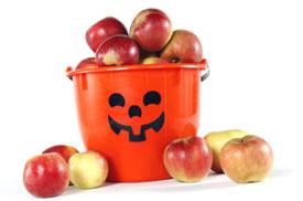 https://i2.wp.com/cdn2.hubspot.net/hub/52080/file-26014986-jpg/images/heart-healthy-halloween-tre.jpg