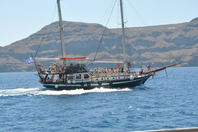 Santorini-boat
