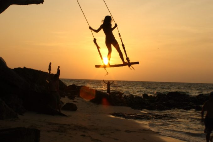 beach-sunset-swing