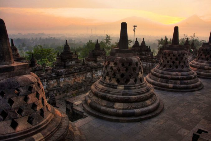 borobudur-indonesia-temple-sunrise