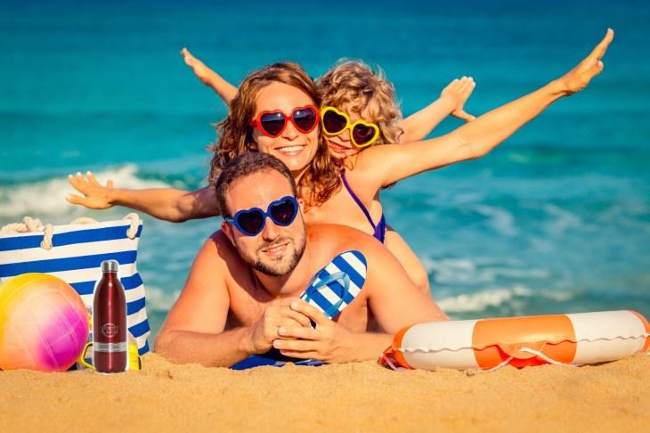 family_at_beach_goodlife
