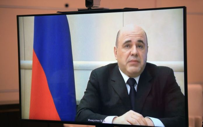 Russian Prime Minister Mishustin Discharged From Hospital After COVID-19 Treatment, Resumes Work