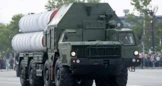 S-400 Missile System Caught in Traffic Accident Outside Moscow – Video