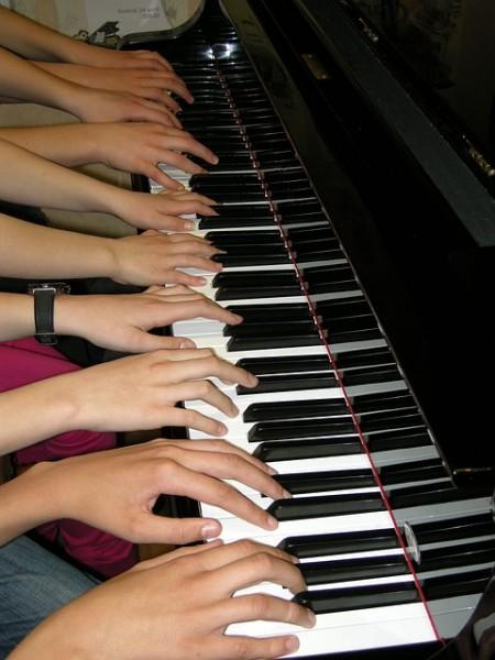 piano-286036_640