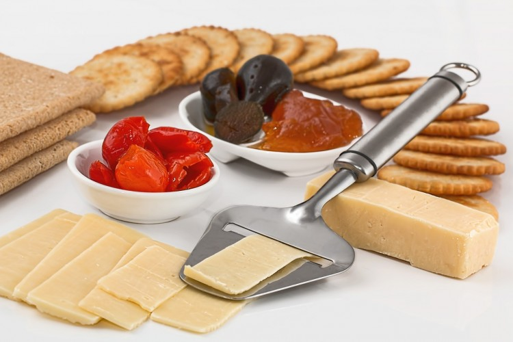 Top 10 Snack Foods Consumed in America - Crackers