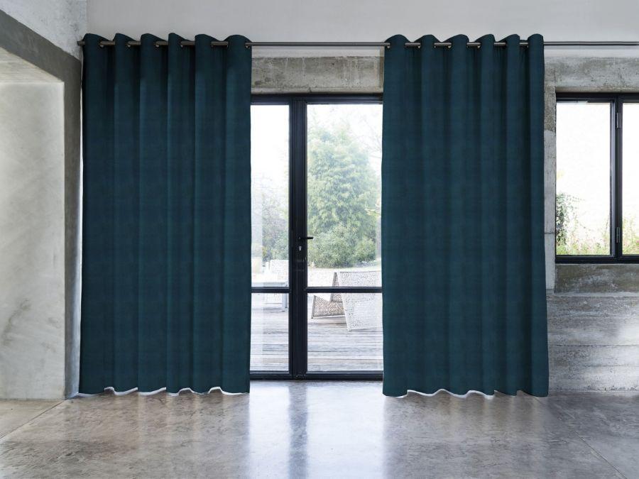 https www mesrideaux fr rideau velours texture studio bleu nuit 1531755159