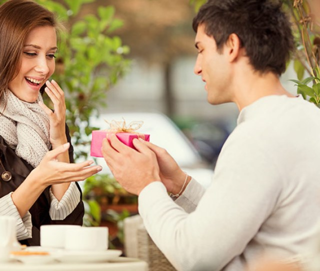 Romantic Ways To Give Birthday Surprise To Your Wife