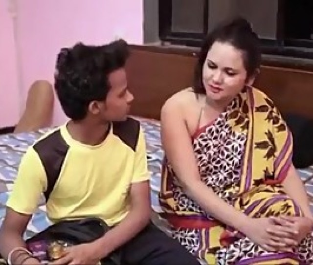 Sexy Indian Aunty Fucks Her Son Best