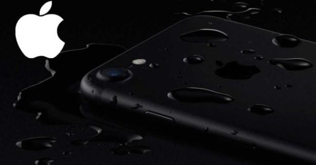 iPhone 7 con logotipo de Apple