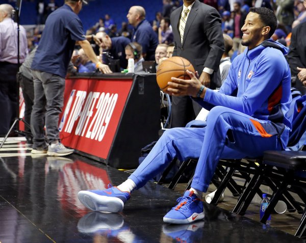 Thunder continues caution with Andre Roberson as preseason wanes
