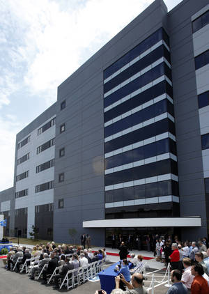 photo - A ceremony is held June 7 for the opening of Boeing's newest office building. Photo by STEVE SISNEY,  THE OKLAHOMAN ARCHIVES
