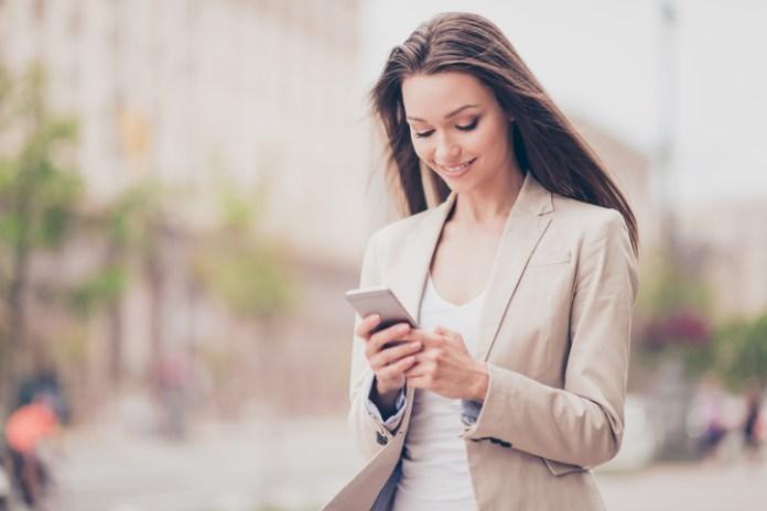 Tu celular puede provocar deformidad en el cuello