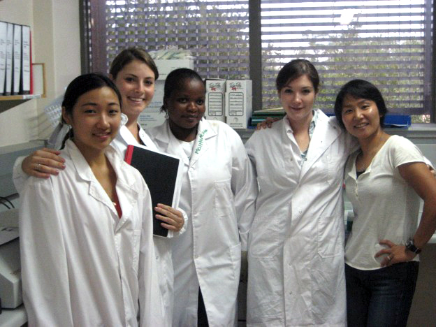 Harvard undergraduates in the lab at the Botswana Harvard AIDS Institute