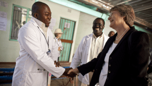 President Faust thanks a BHP clinic doctor in Mochudi Photo by Justin Ide