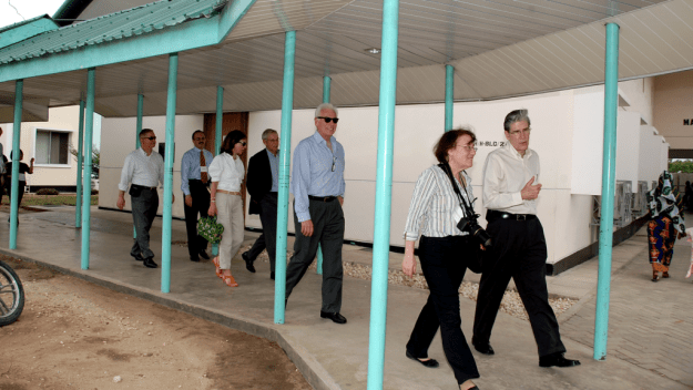 Dean Julio Frenk (first from right) with visitors at Amtulabhai Karimjee Clinic in Dar es Salaam, Tanzania