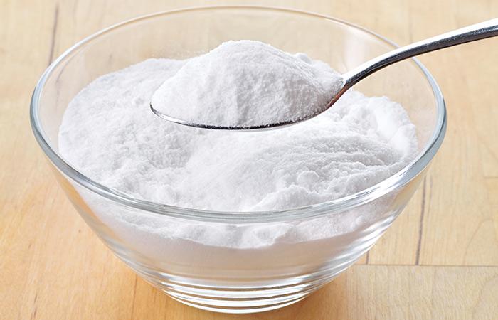11. Baking Soda And Aloe Vera For Hair Growth - HOE ALOË VERA GEL TE GEBRUIKEN VOOR HAARGROEI