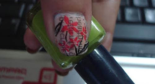 News-Paper-Nail-Art71