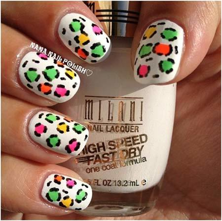 In This View Square Nail Shaped Can Fasten With Top Sea Green Paint And Back Zebra Print Art It Also Bring Shimmery Charm