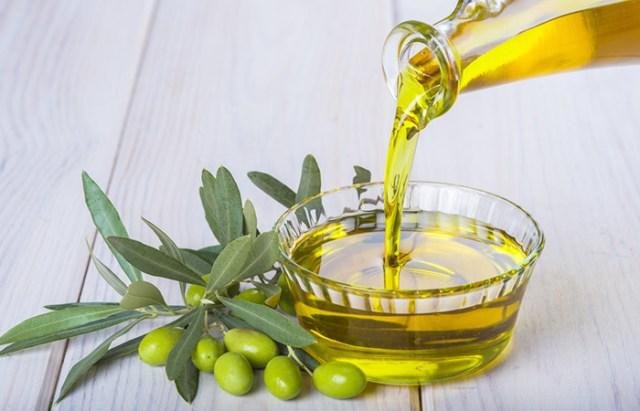 1.-Massage-Olive-Oil Tips Makanan Yang Mesti Di Konsumsi Pengidap Diabetes  wallpaper