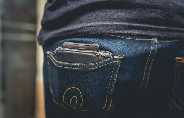 8. Posture Problem Due To Wallet Tucked Into Your Back Pocket