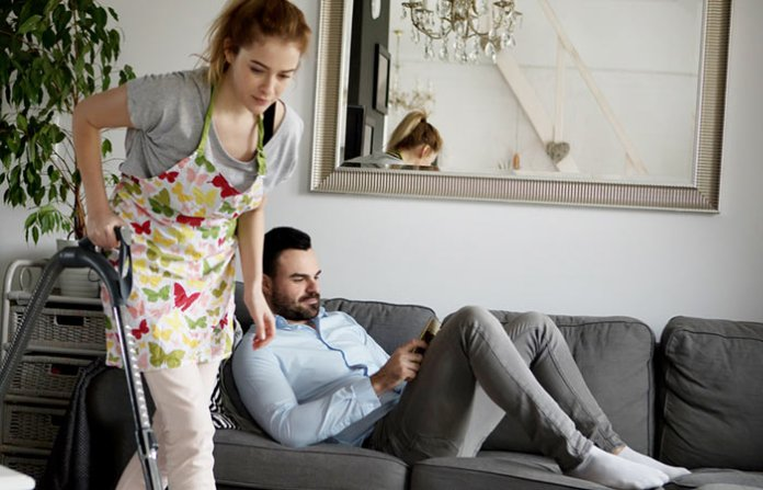 Studies Show That Husbands Stress Women Twice As Much As Children (3)