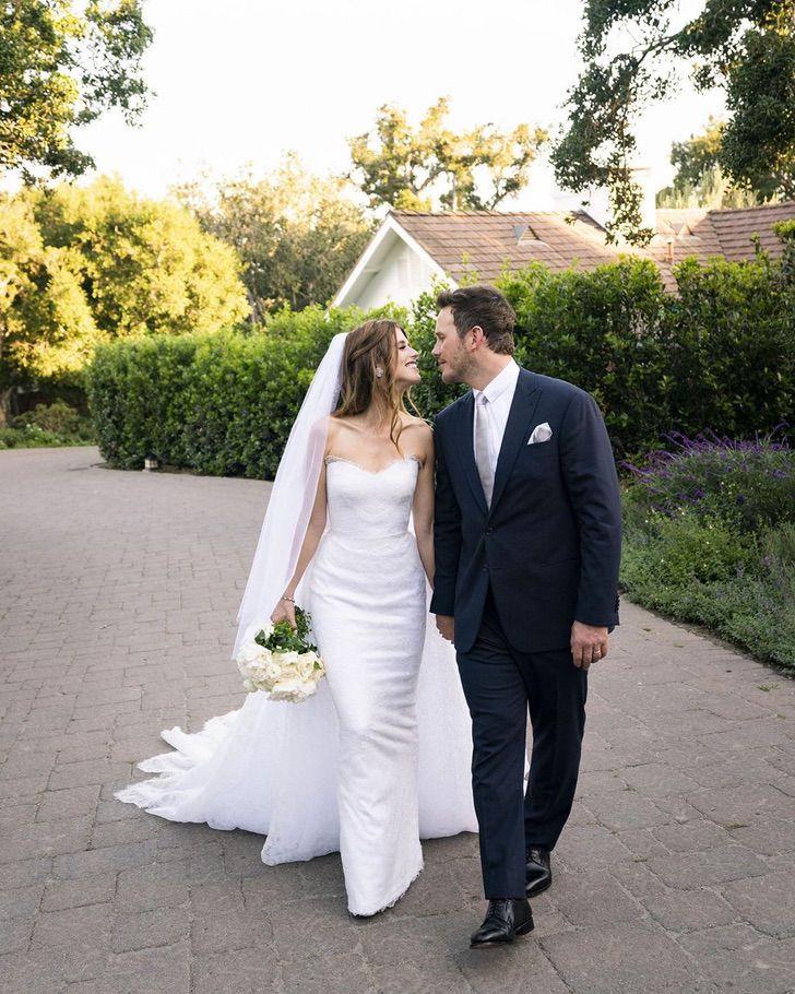 """5 14 - 11 celebs que """"improvisaron"""" en sus bodas. Keira Knightley ni siquiera compró un vestido especial"""