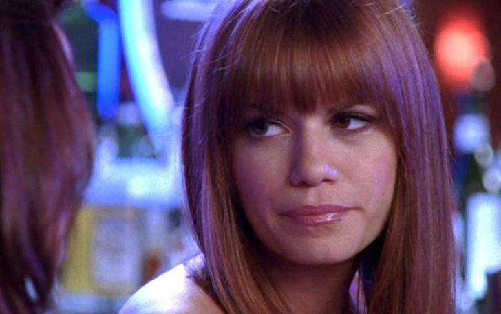 12 9 - 22 mejores y peores cortes de pelo en las series de tv. Sabrina lucía elegante con su melena