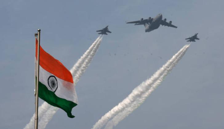 Captura de Pantalla 2021 01 25 a las 12.23.46 - Por primera vez, una mujer en la India liderará desfile aéreo del Día de la República. Se abren paso