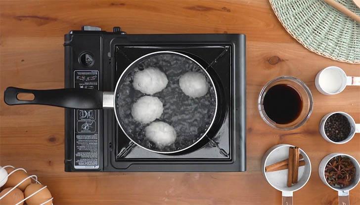 cinco recetas huevo027 - 5 recetas con trucos para lucirse cocinando huevos de forma entretenida y original