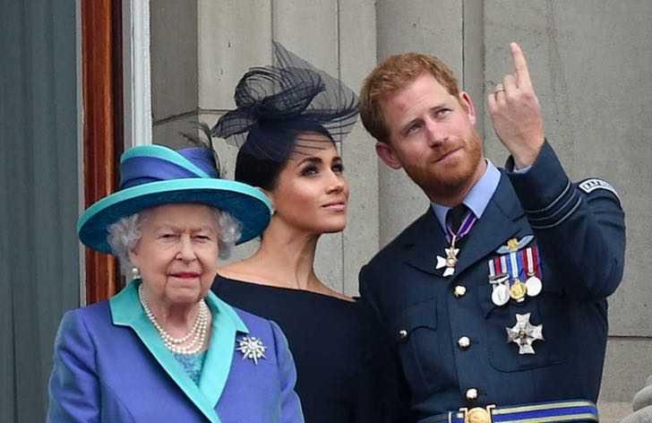 """harry meghan absolutamente invitados importante evento real 2022 3 - Harry y Meghan estarán """"absolutamente invitados"""" a importante evento real en 2022. Una señal de paz"""