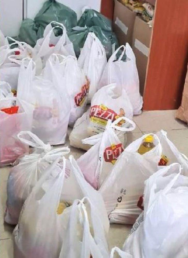 nina 9 anos intercambio 200 juguetes alimentos no perecibles familias necesitadas 2 - Niña de 9 años intercambió 200 de sus juguetes por alimentos no perecibles para familias necesitadas