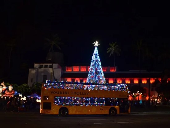 honolulu christmas city lights on trolley or double decker bus from