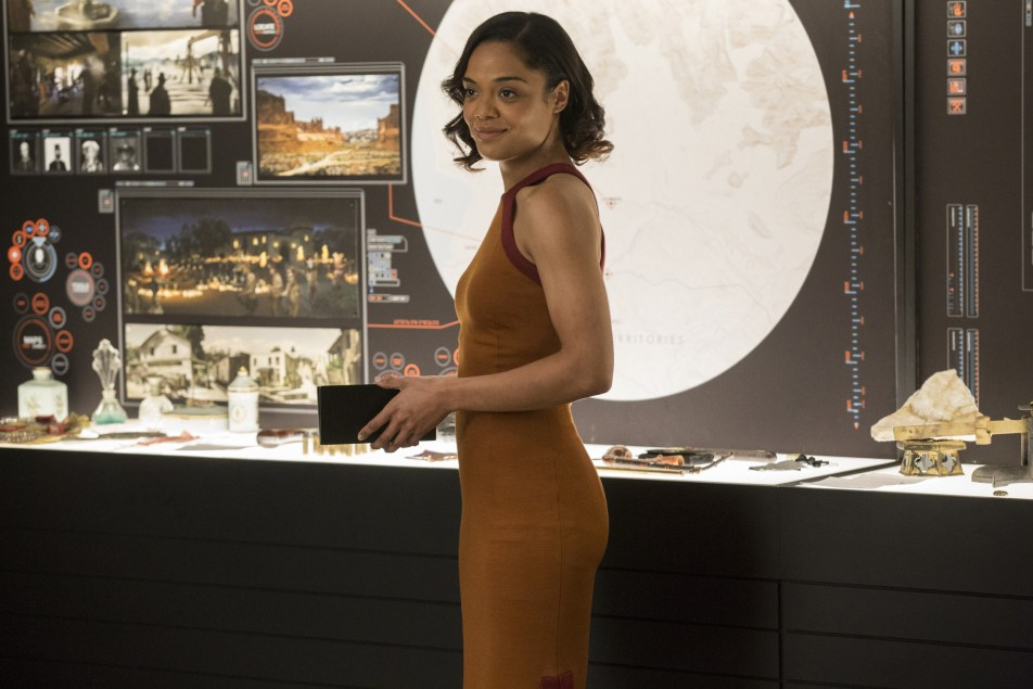 https://i2.wp.com/cdn2.vox-cdn.com/uploads/chorus_asset/file/7507823/Tessa_Thompson_as_Charlotte_Hale___credit_John_P._Johnson_HBO.JPG?resize=952%2C635&ssl=1