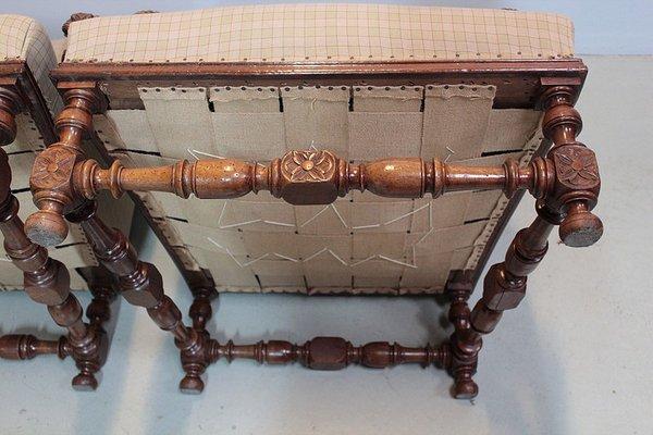 grands fauteuils louis xiii anciens en noyer set de 2