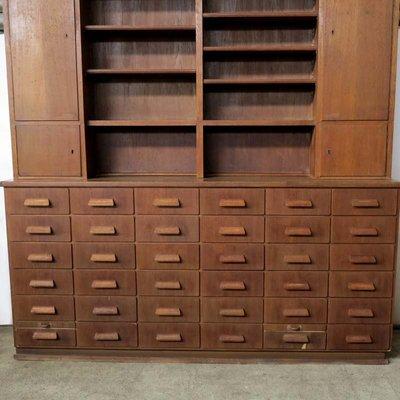 meuble de pharmacie antique