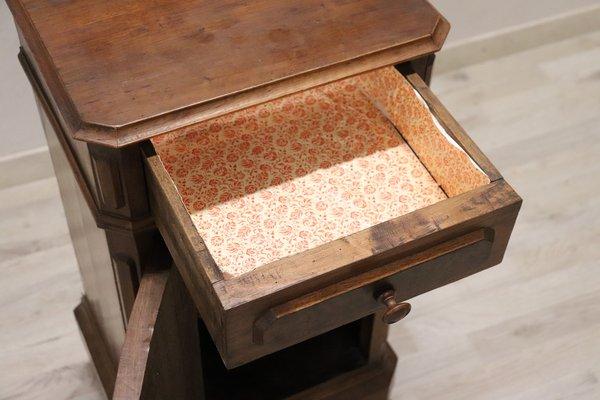 table de chevet ancienne en noyer annees 1880