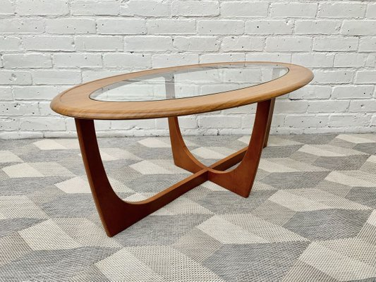 vintage oval glass coffee table bei