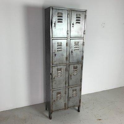 meuble de rangement industriel vintage en acier decape 1960s