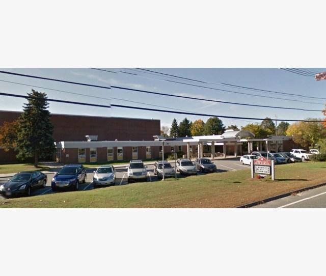 Bong Threat Holliston High School Emergency Was Word Mixup