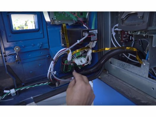 Watch: How To Spot And Avoid Card Skimmers At The Gas Pump