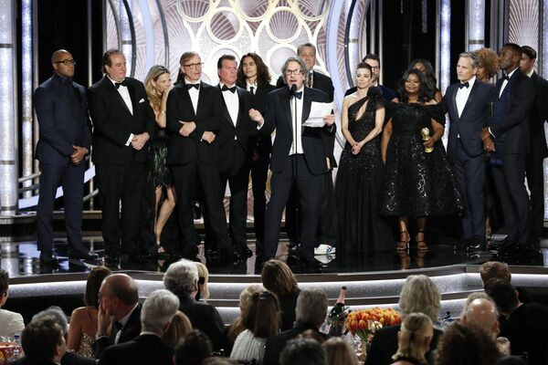 Награду в номинации Лучший фильм — комедия/мюзикл получила картина Зеленая книга на премии Золотой глобус в Беверли-Хиллз. 6 января 2019