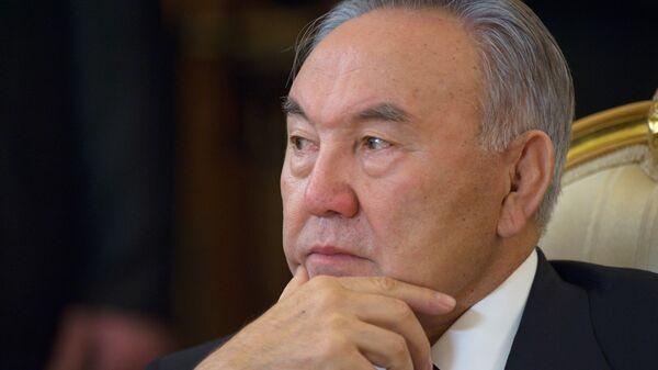 """Назарбаев считает, что еще рано подводить итоги """"эпохи Путина"""""""