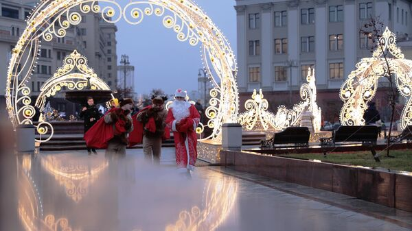 ВЦИОМ выяснил, сколько россияне планируют потратить на Новый год