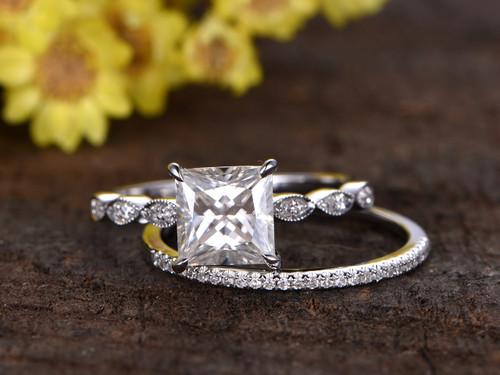 2 Carat Princess Cut Moissanite Engagement Ring Set