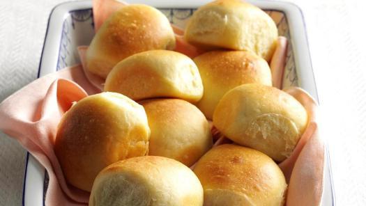 Soft Buttermilk Dinner Rolls Recipe: How to Make It | Taste of Home