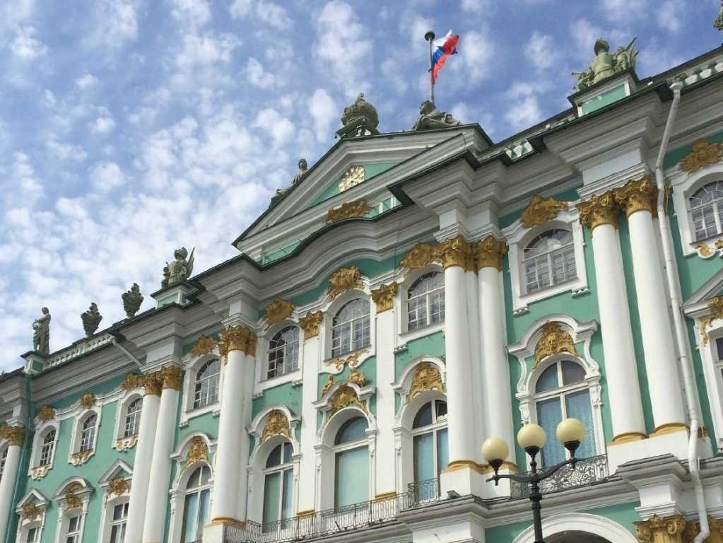 no-3-state-hermitage-museum-and-winter-palace-is-one-of-oldest-museums-in-the-world-and-it-used-to-be-the-main-residence-of-russian-emperors