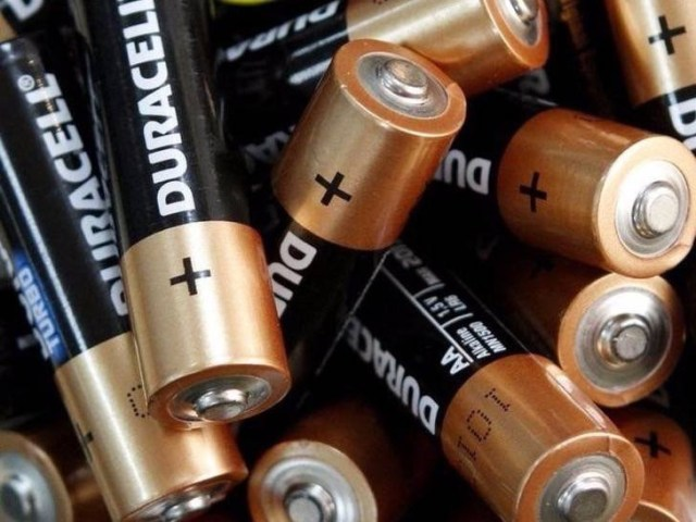4-storing-batteries-in-the-fridge-wont-make-them-last-longer-2